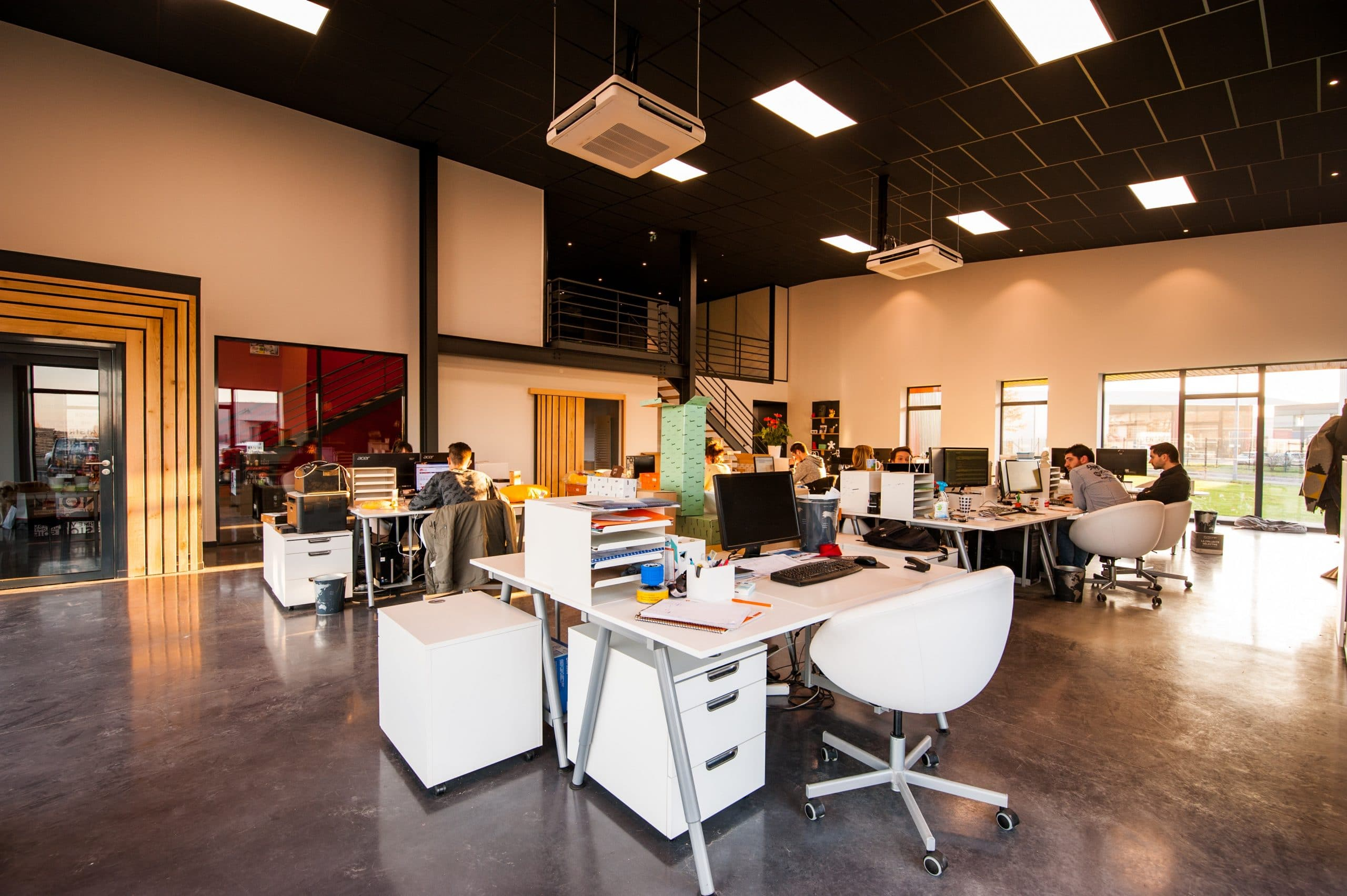 4 Ways to Spruce up your Office with Office Fit-Outs