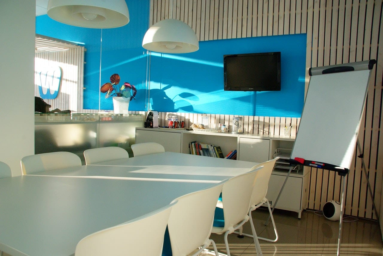 How To Choose The Right Colours For Your Office Furniture