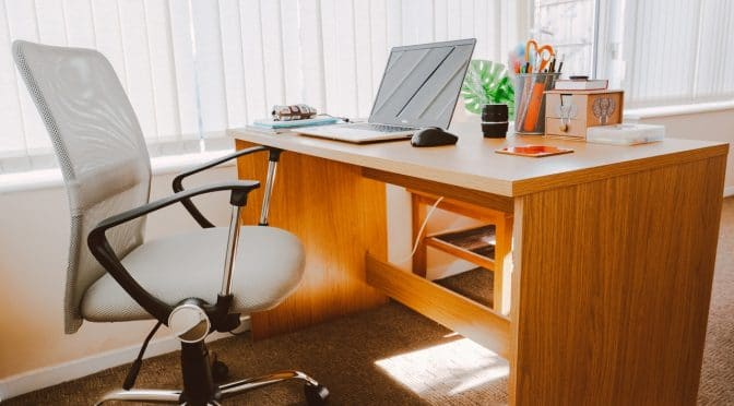 4 Reasons Why You Should Use An Ergonomic Chair